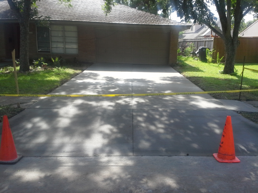 Single Car Garage Designs Concrete Driveway