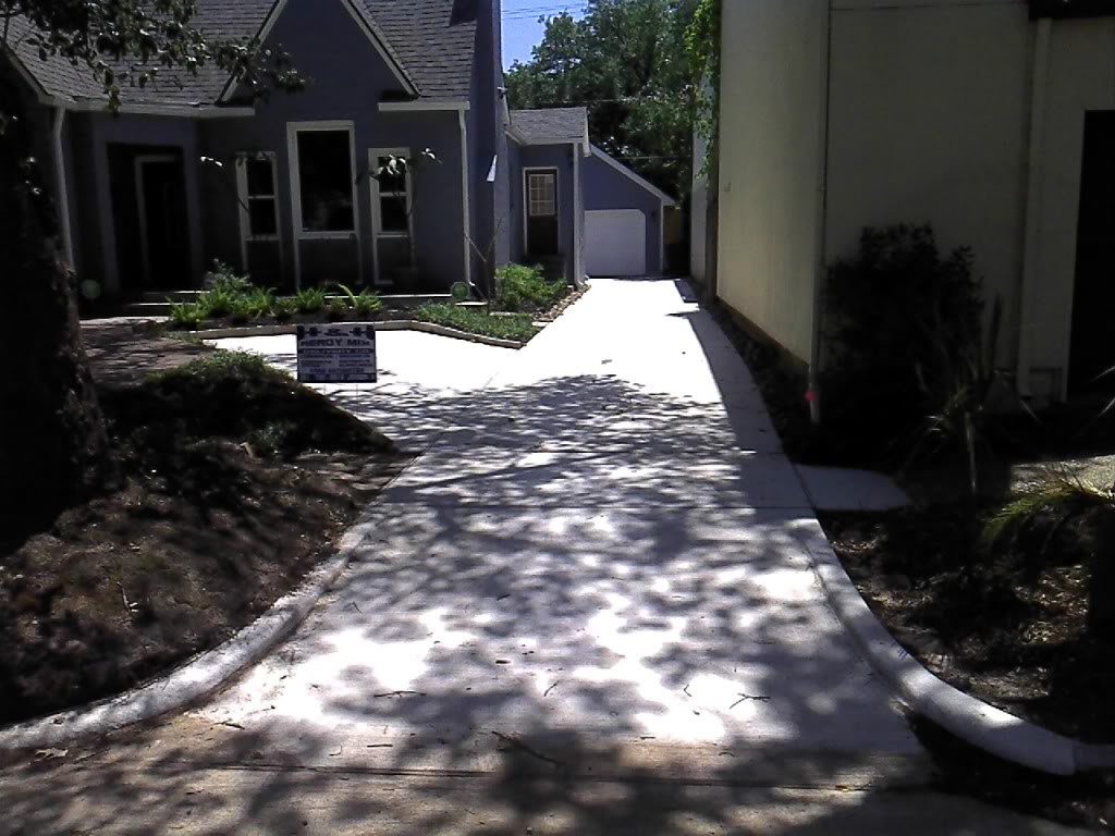 Concrete driveway for Concrete home contractors