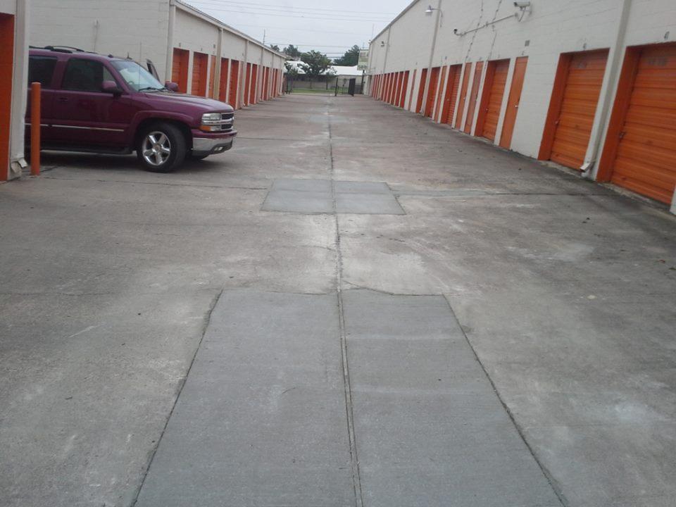 how to fix concrete driveway