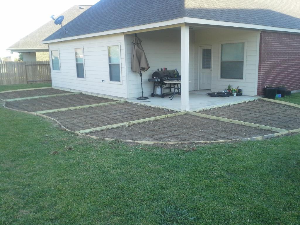 form patio concrete construction