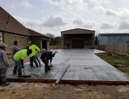 pouring & finishing concrete slab
